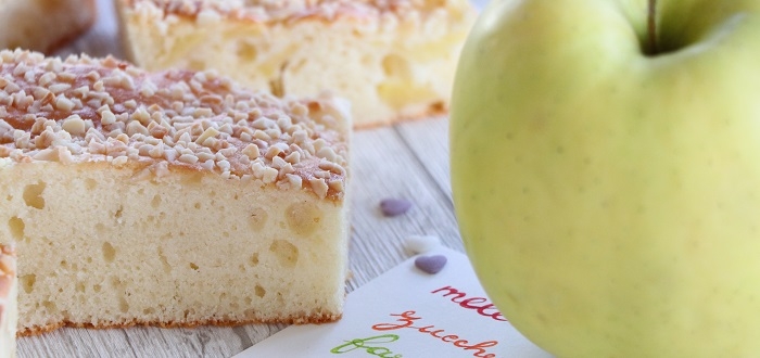 Apples and almonds squares gluten-free
